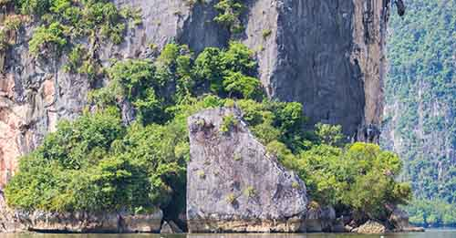 Plan an amazing tour to discover all the wonderful islands around Phuket