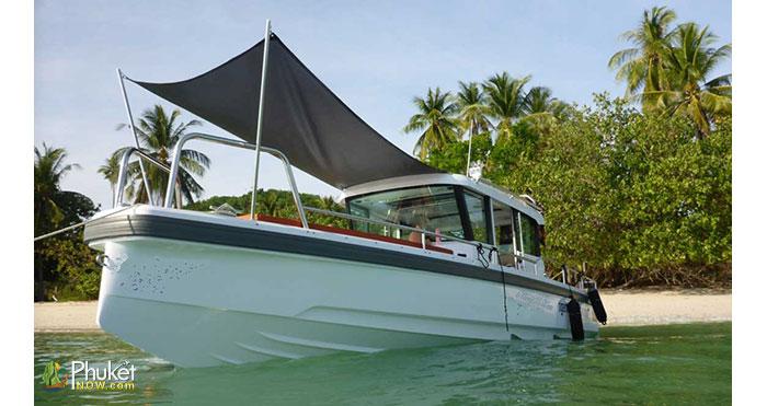 Limpopo-30-foot-cabin-boat-4